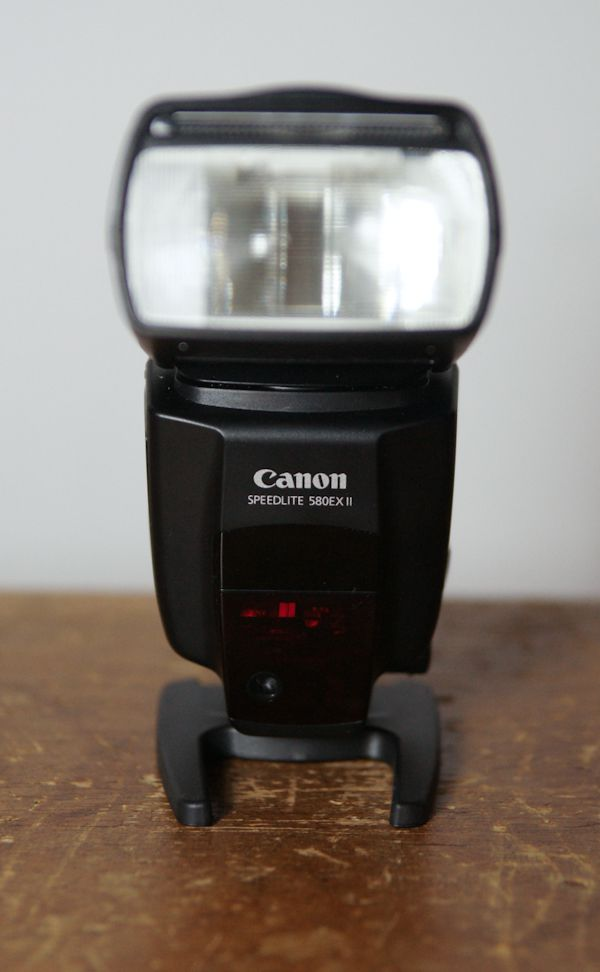 Canon Speedlite 580 EX II test review vue de face