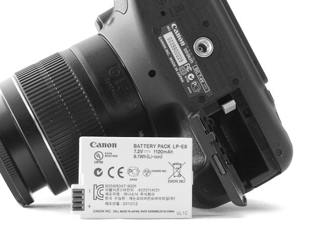 Canon 600D test review batterie alimentation