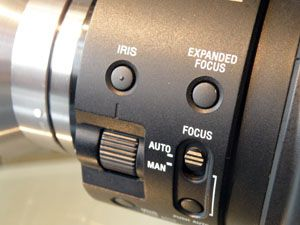 Sony FS100 test review avis réglage iris et mise au point