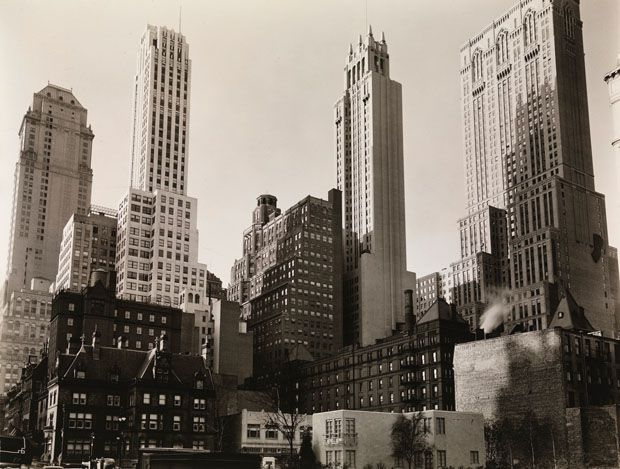Park Avenue et 39e Rue, New York, 1936 © Berenice Abbott / Commerce Graphics Ltd, Inc.