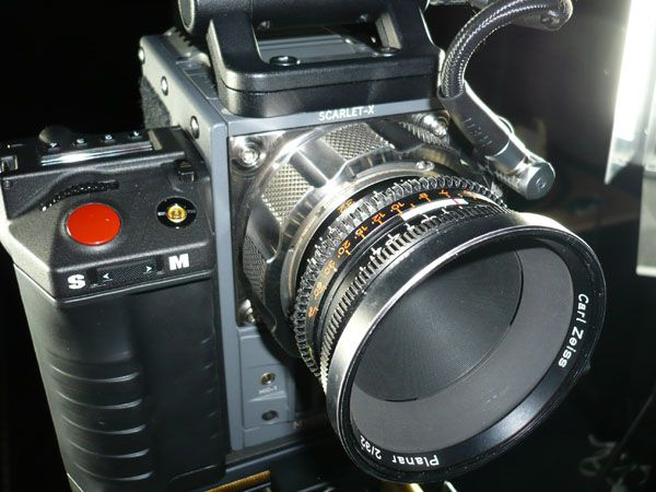 Red Scarlet-X test review Zeiss