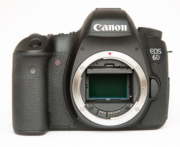 Canon 6D face sans objectif test review