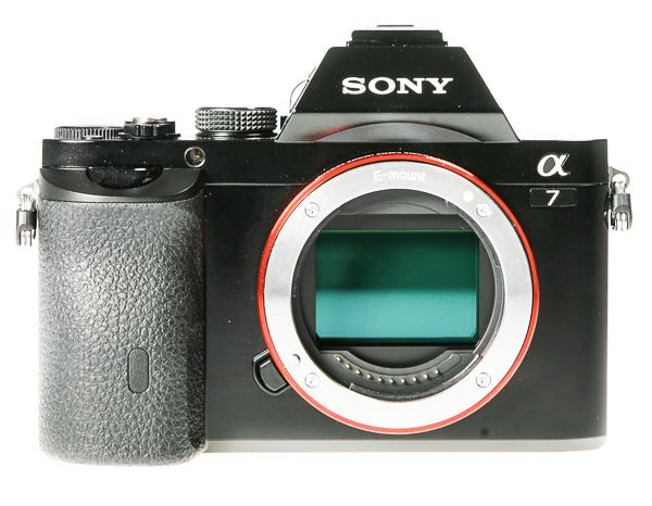 Sony A7 test review vue face sans objectif