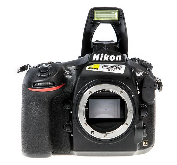 Nikon D810 flash pop-up