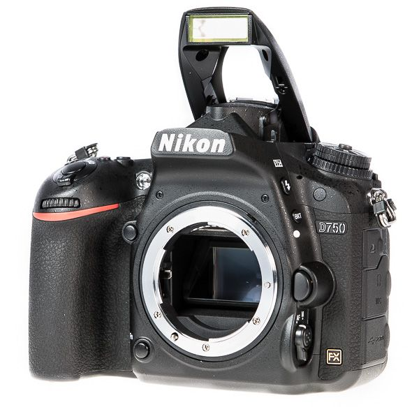 Nikon D750 flash pop-up