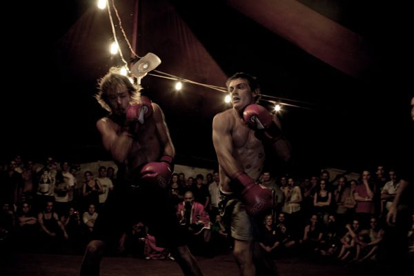 Boxing Circus, Copyright Viviane Dalles Signatures France
