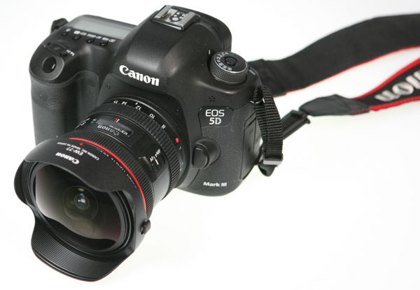 Canon EF 8-15 mm f/4 L USM Fisheye