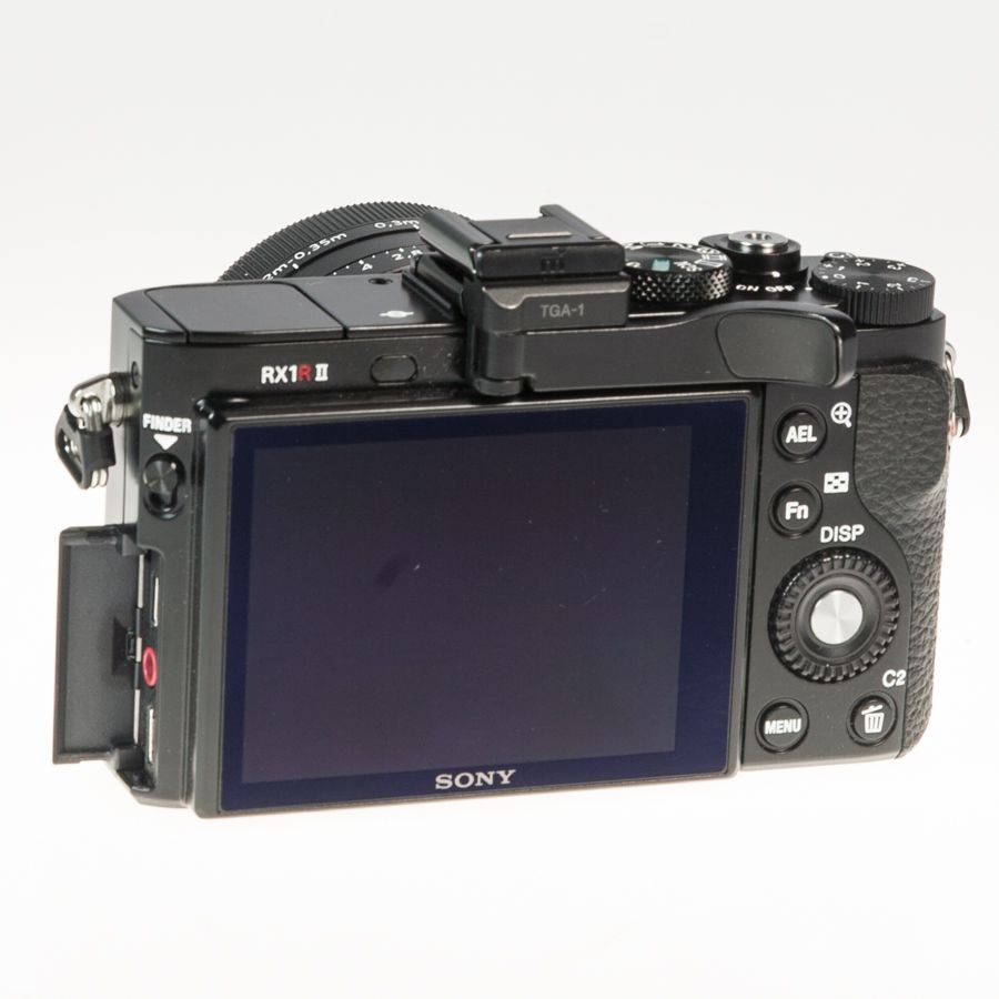 Sony RX1R 2 test review cale-pouce position 1