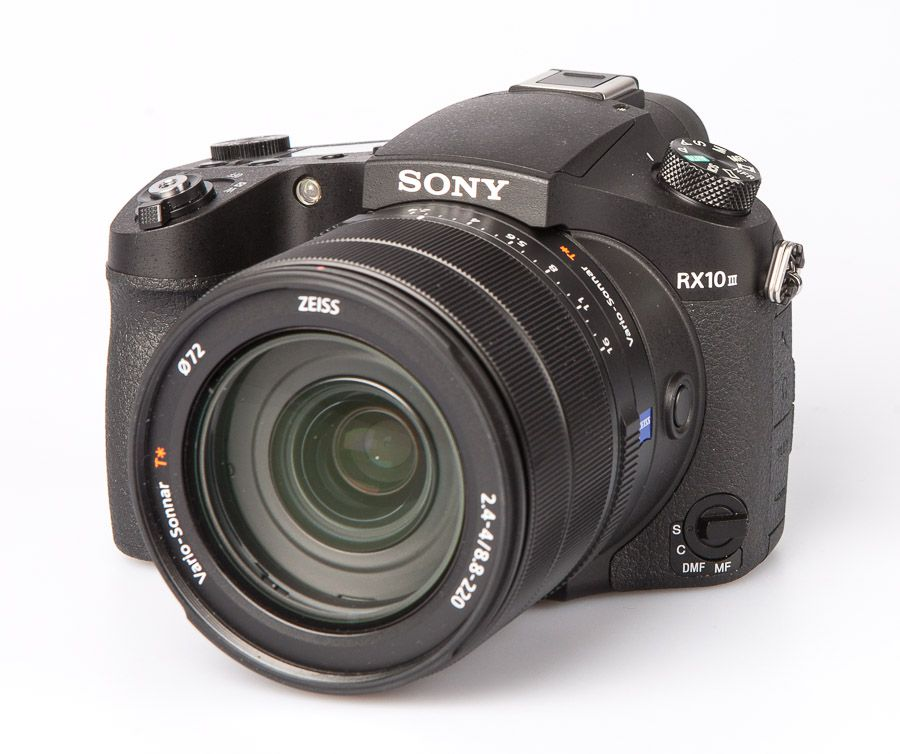 Sony RX10 Mark III compact expert test review vue trois quart