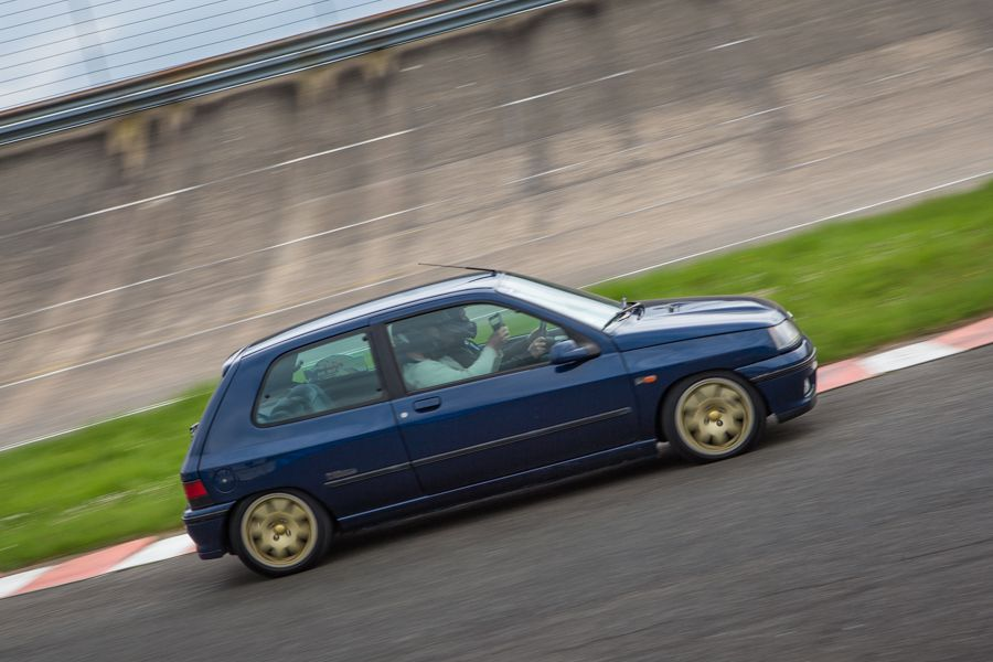 Tutoriel : photographier une course automobile clio williams