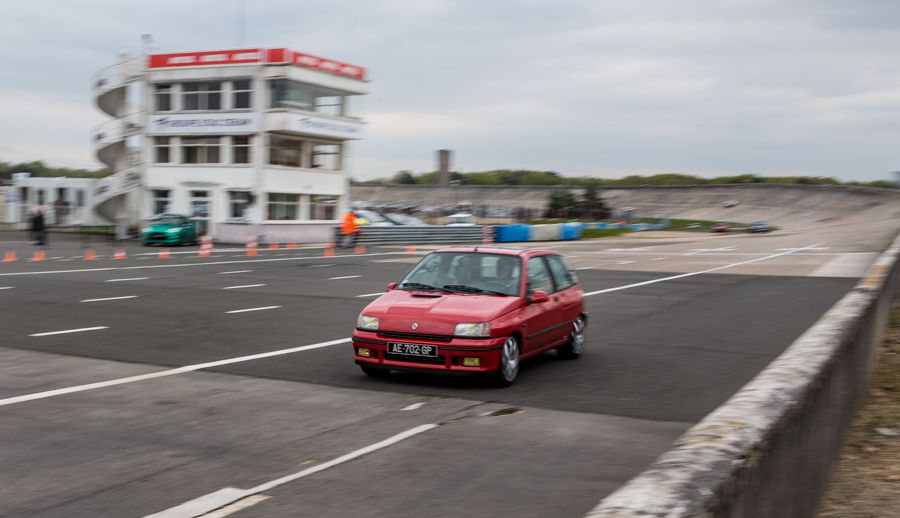 Tutoriel : photographier une course automobile clio 16s