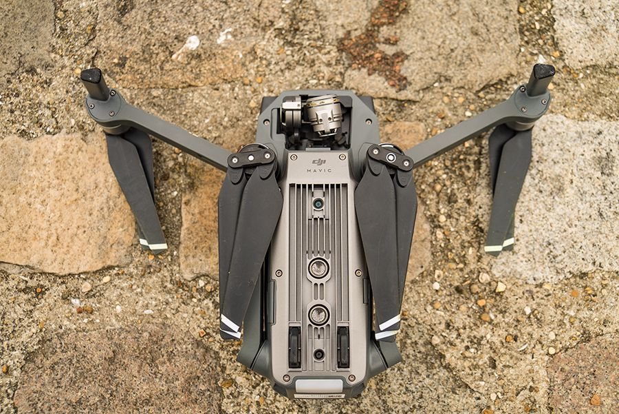 DJI Mavic Pro test review detail des bras repliés