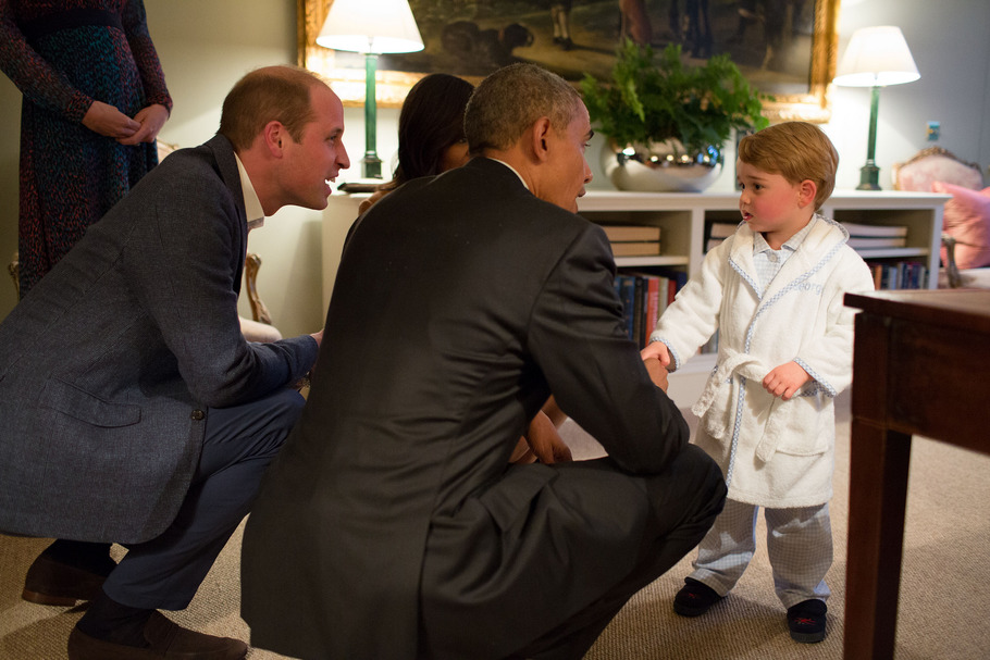 President Barack Obama with First Lady Michelle Obama meets Prince George as the Duke and Duchess of Cambridge watch at Kensington Palace in London, April 22, 2016. Official White House Photo by Pete Souza