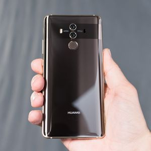 Huawei Mate 10 Pro : intelligence artificielle et double module f/1,6