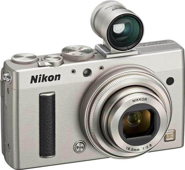 Nikon Coolpix A viseur en version titane