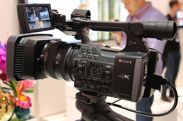 sony annonce le cam scope 4k de poing fdr ax1 cam scope focus num rique. Black Bedroom Furniture Sets. Home Design Ideas