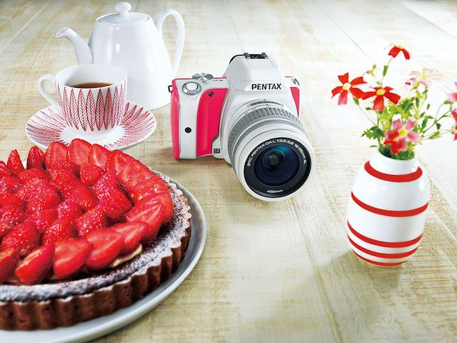 Pentax K-S1 Sweets Collection strawberry cake