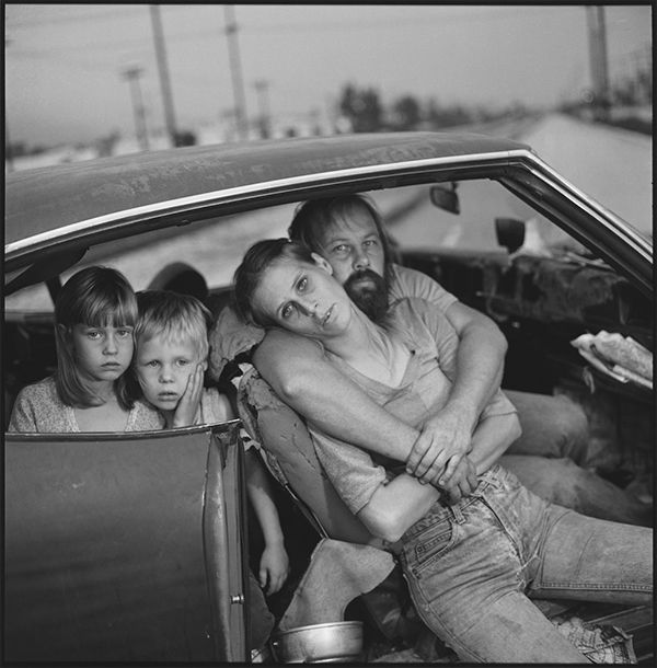 The Damm Family in Their Car, Los Angeles, California, USA 1987 © Mary Ellen Mark